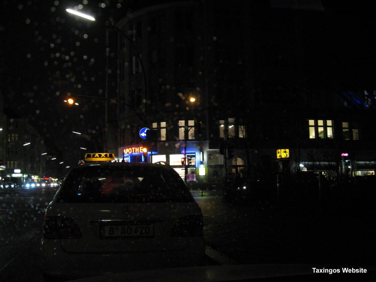 Bayrischer Platz - in einer Winternacht.
