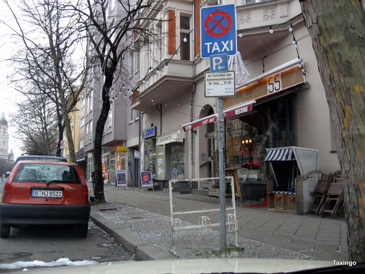 Kaisereiche im Februar 09 -Morgens läufts prima-am nachmittag oft zu geparkt.