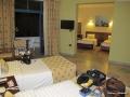 Unser Zimmer sehr geräumig mit 4 Betten