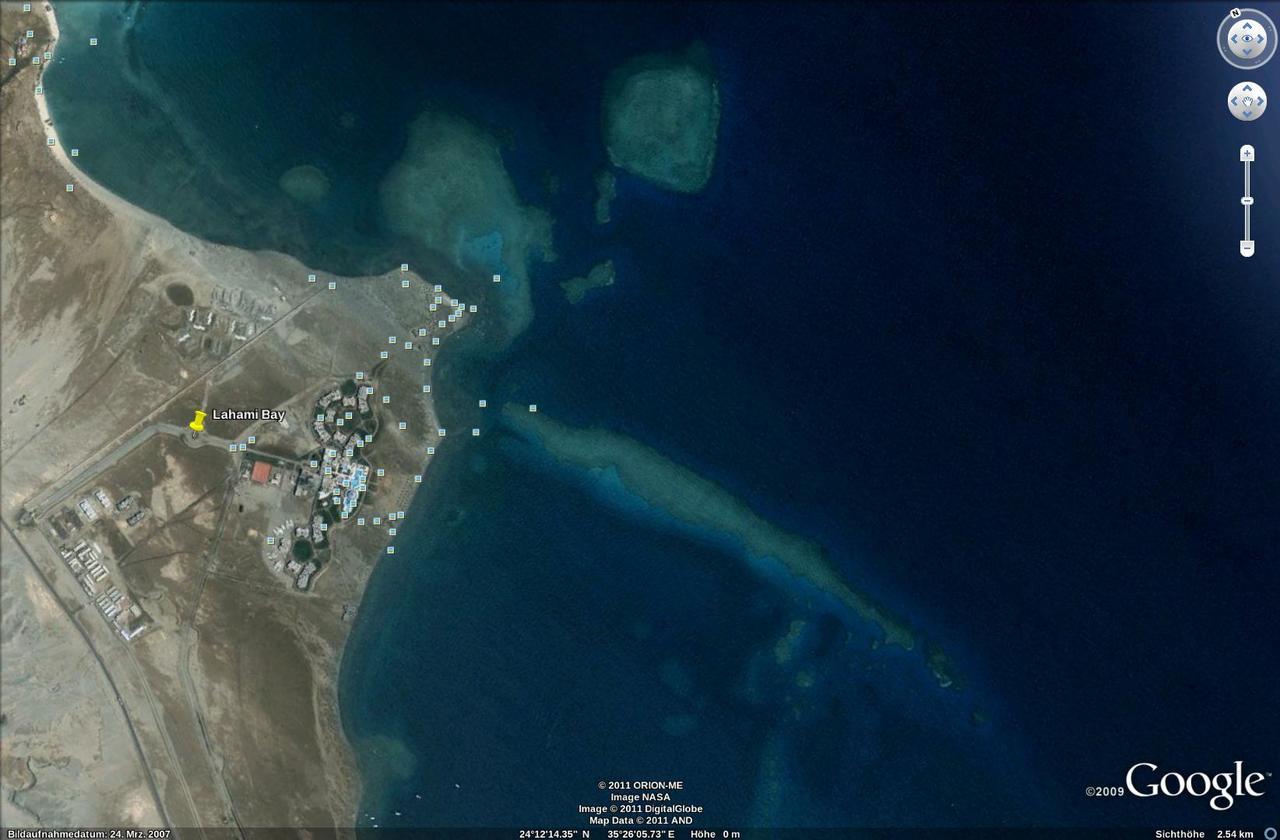 Lahami Bay - Rifflandschaft vom Satelliten