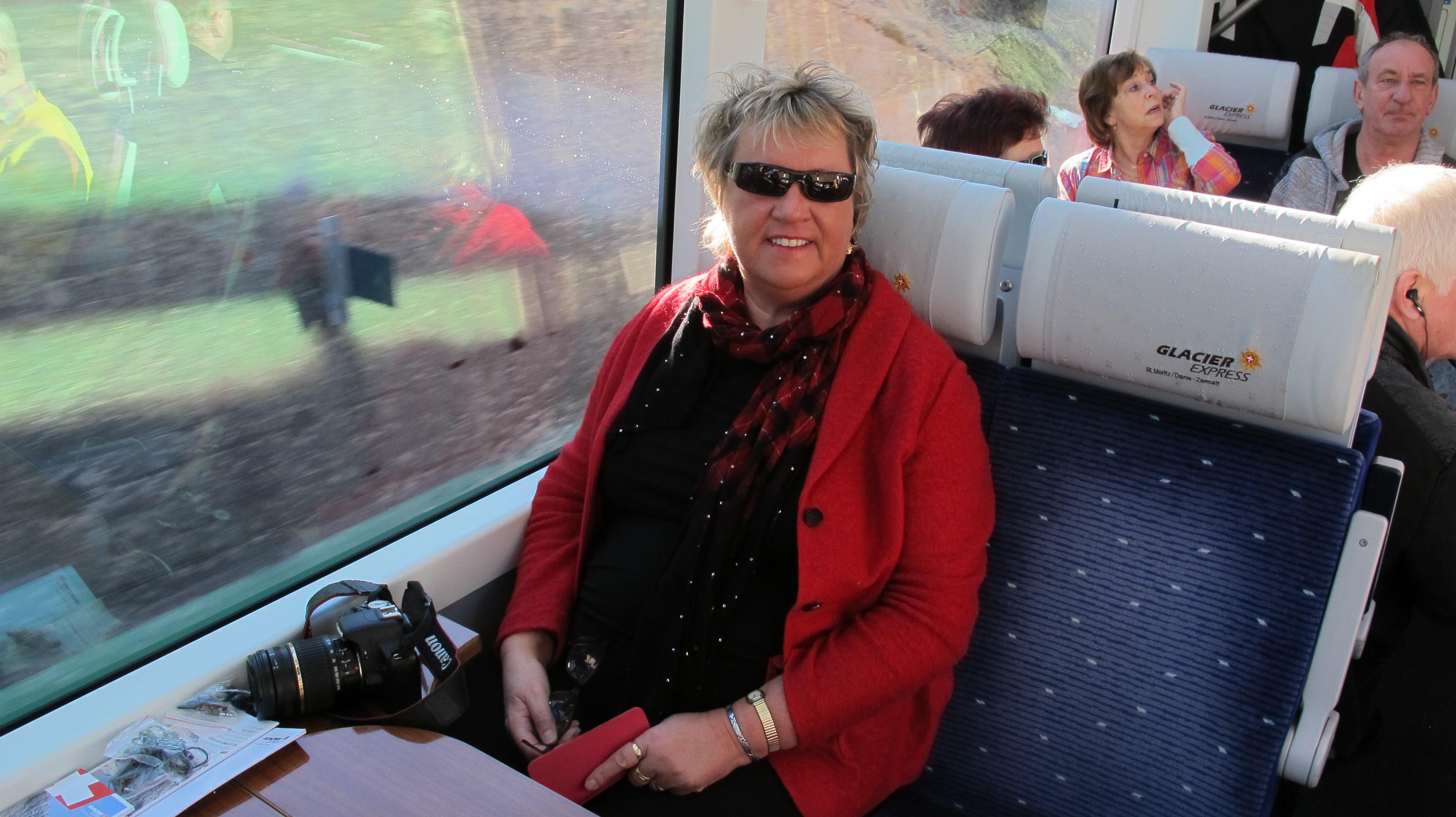 Babsy im Glacier Express